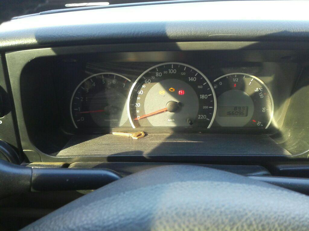 发动机工况指示灯(异常)