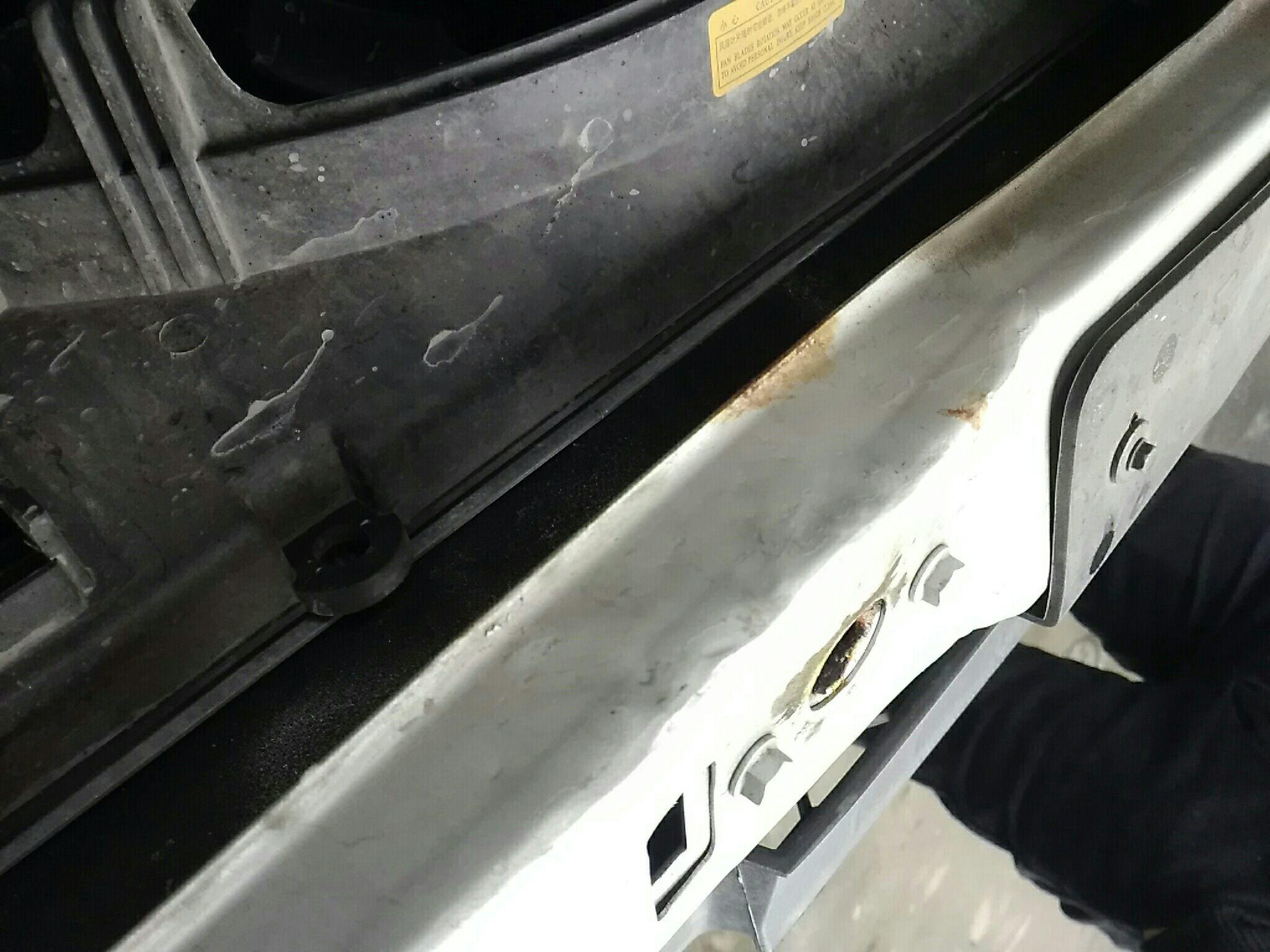 湖州二手雪佛兰赛欧 > 雪佛兰赛欧 20  车头轻微的碰撞会导致水箱框架