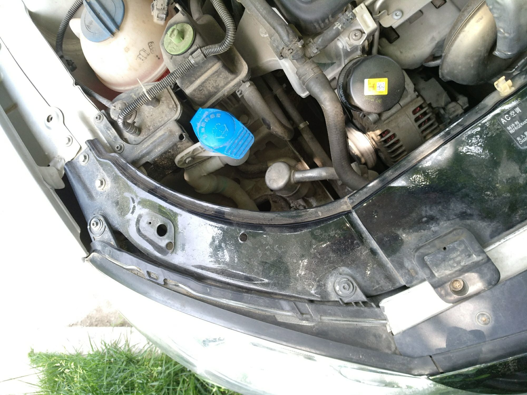 淮南二手大众朗逸 > 大众朗逸 2011  车头轻微的碰撞会导致水箱框架