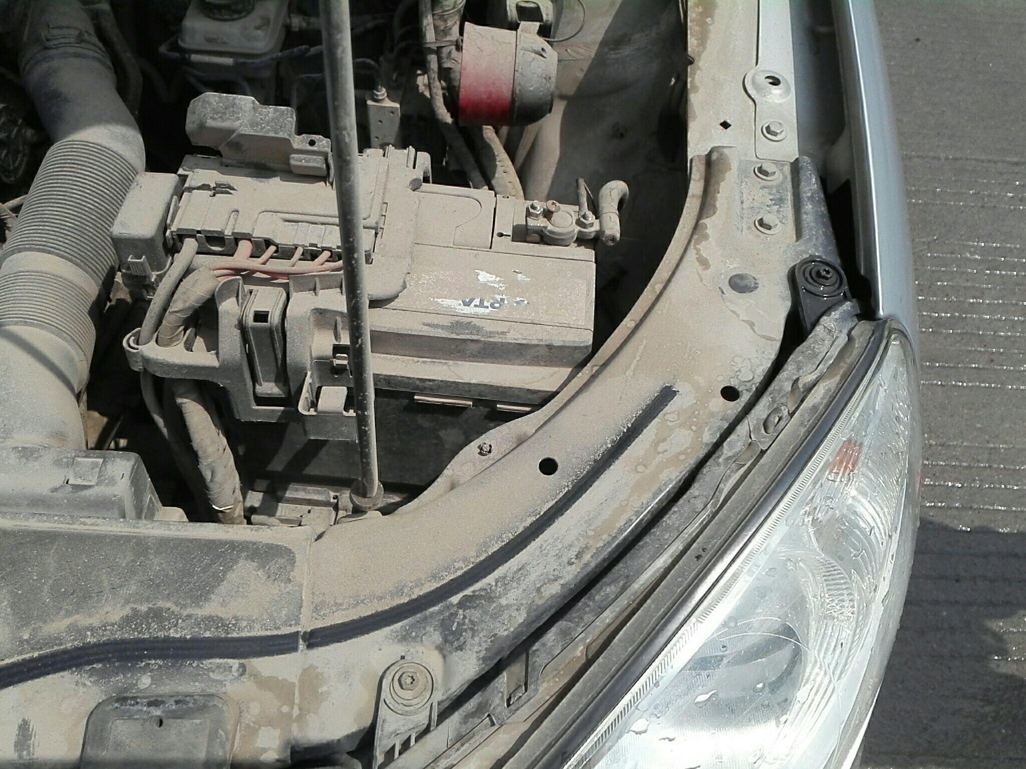 新乡二手大众朗逸 > 大众朗逸 2013  车头轻微的碰撞会导致水箱框架