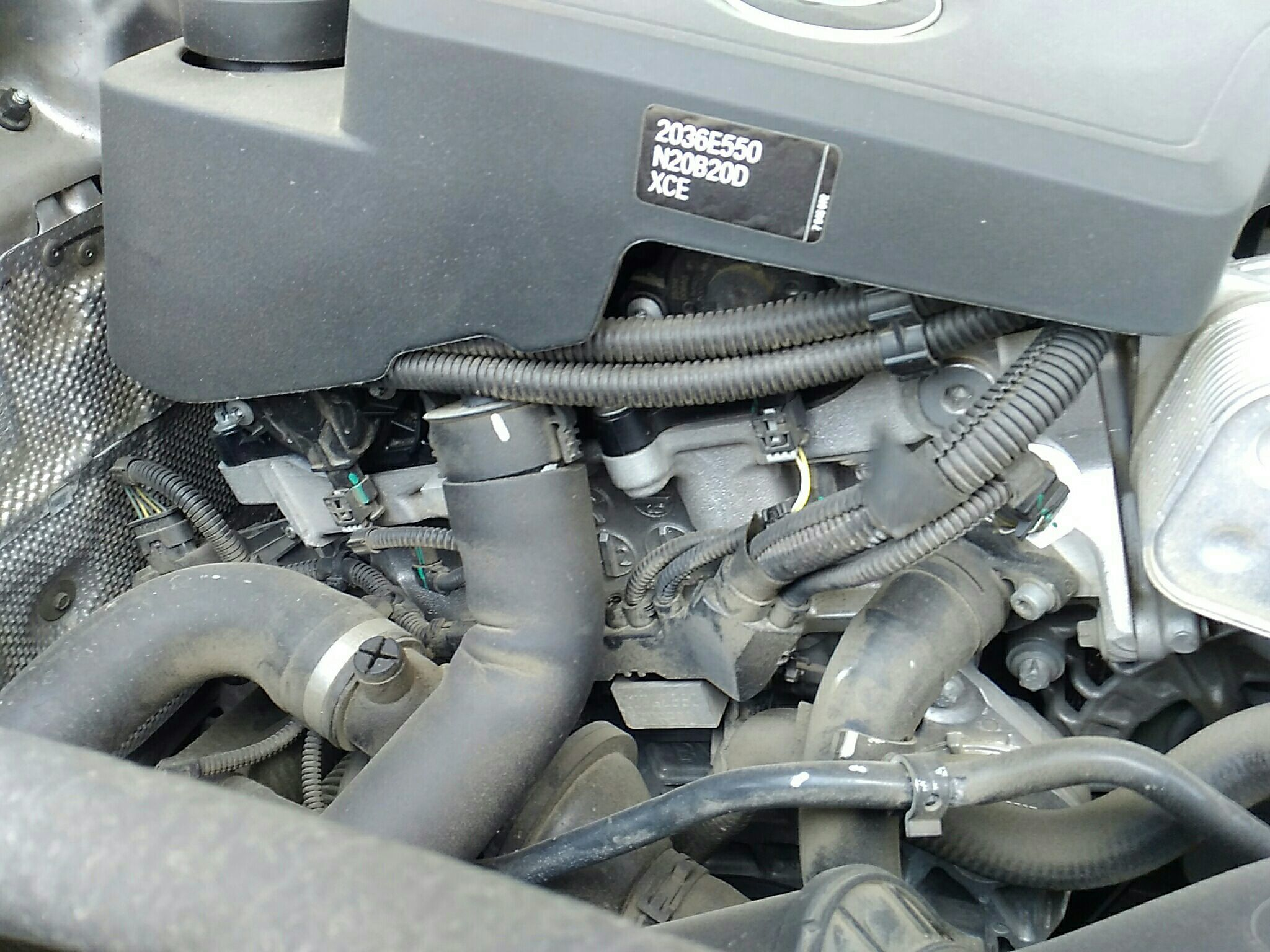 宝马x6皮带安装图六缸