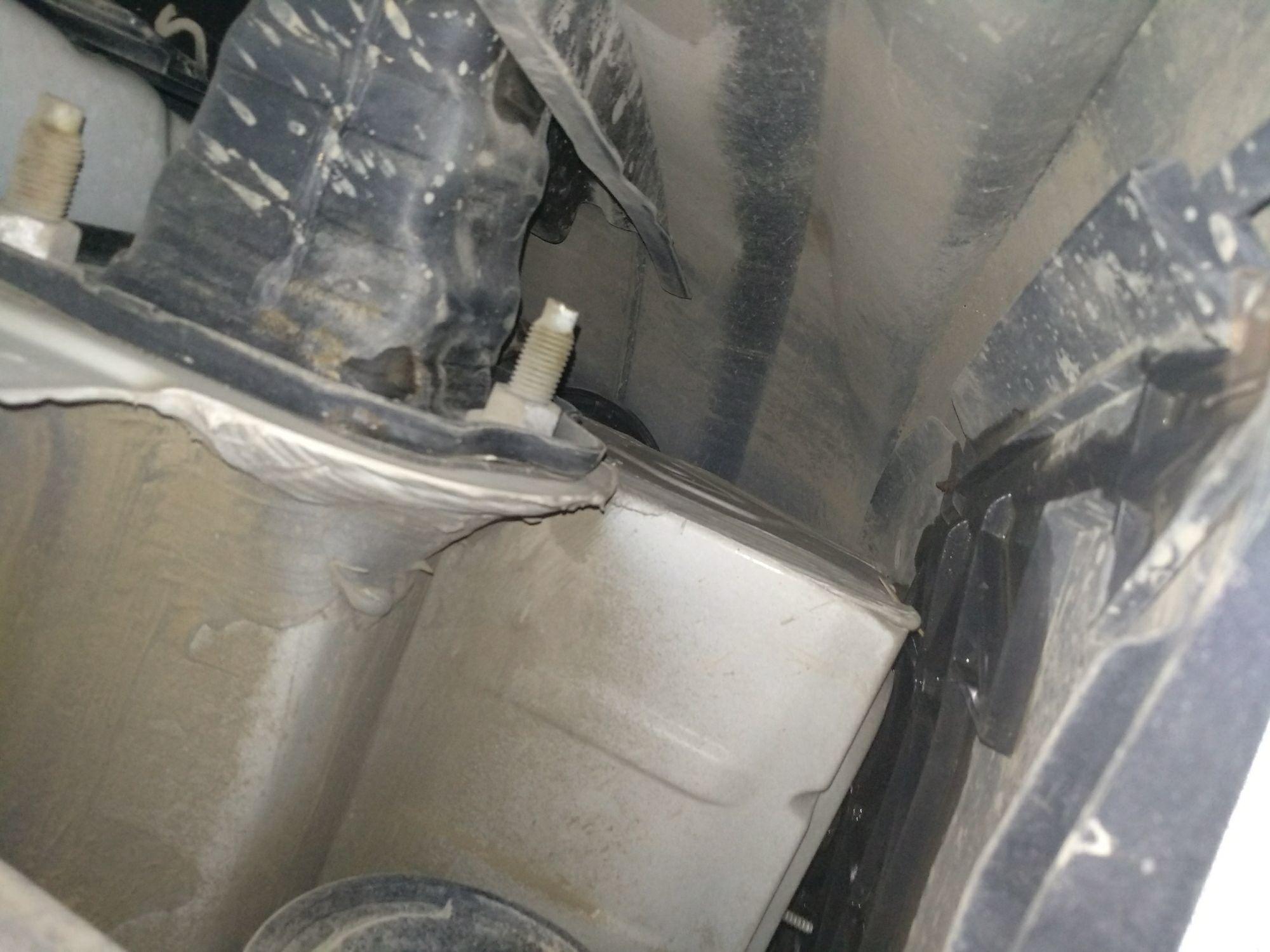 宝马3系 2010款 320i 豪华型
